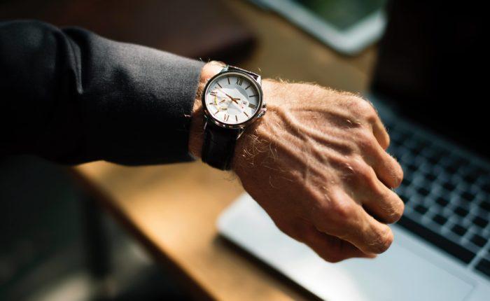 pozyskiwanie danych na czas